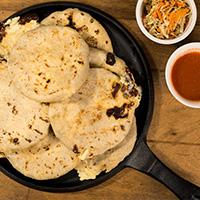 Pupusas (Maíz o arroz)